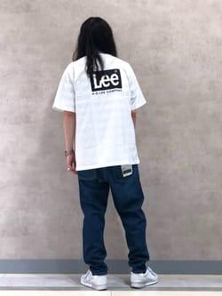 Lee 名古屋店のTakayaさんのLeeの【SALE】【ユニセックス】バックプリント 半袖Tシャツを使ったコーディネート
