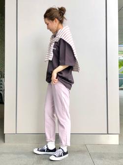 LINKS UMEDA店のhiroさんのEDWINのEDWIN x ニシクボサユリ アーティストコラボTシャツを使ったコーディネート