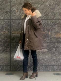 LINKS UMEDA店のhiroさんのSOMETHINGの【GISELe 11月号掲載】SOMETHING the LOW. GUSSET SKINNYを使ったコーディネート