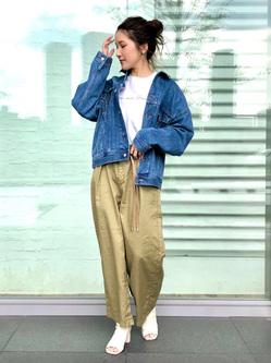 LINKS UMEDA店のhiroさんのSOMETHINGのSOMETHING ビッグデニムジャケットを使ったコーディネート