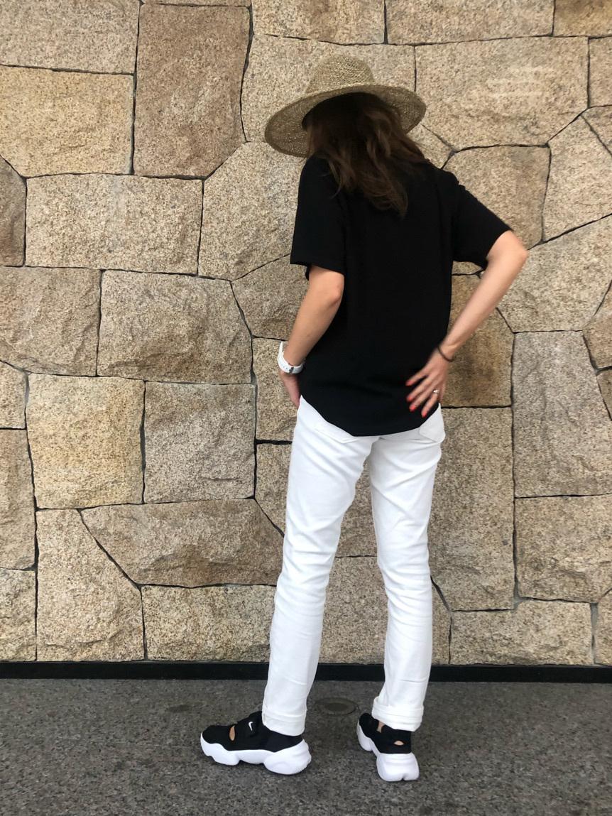 LINKS UMEDA店のhiroさんのEDWINの【ガレージセール】メッセージ Tシャツ 半袖を使ったコーディネート