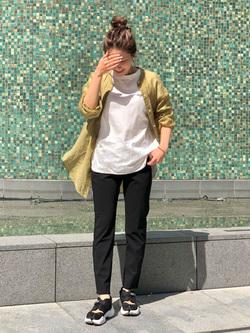 LINKS UMEDA店のhiroさんのSOMETHINGのSOMETHING TOKYO SOME GIRLS ロングスリーブTシャツを使ったコーディネート