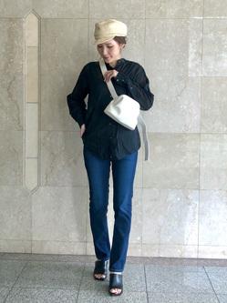 LINKS UMEDA店のhiroさんのEDWINの【CLASSY. 4月号/CanCam 5月号掲載】EDWIN LADIES ジャージーズ スリムストレート【スタンダードモデル】を使ったコーディネート