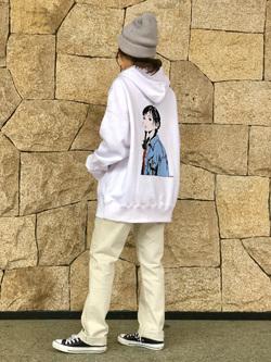 LINKS UMEDA店のhiroさんのEDWINの【直営店限定】ジーパン女子 x 江口寿史 パーカー 【ユニセックス】を使ったコーディネート