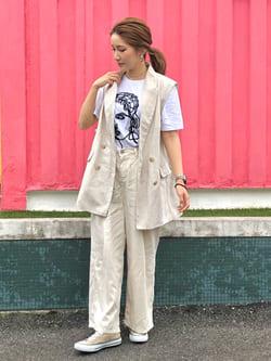LINKS UMEDA店のhiroさんのSOMETHINGの【ガレージセール】SOMETHING タックワイドパンツを使ったコーディネート
