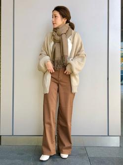 LINKS UMEDA店のhiroさんのEDWINのEDWIN LADIES ラウンドヘム ロングスリーブTシャツを使ったコーディネート