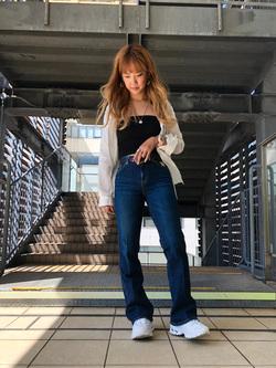 DENIM GALAXY日暮里店のChihiro.さんのSOMETHINGのSOMETHING LISA フレアを使ったコーディネート