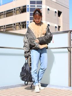 DENIM GALAXY日暮里店のChihiro.さんのSOMETHINGの【GISELe 11月号掲載】SOMETHING ELSA THE LOW ストレートを使ったコーディネート