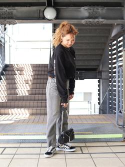 DENIM GALAXY日暮里店のChihiro.さんのSOMETHINGの【GISELe 10月号掲載】SOMETHING SPOON CROPを使ったコーディネート