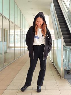 DENIM GALAXY日暮里店のChihiro.さんのSOMETHINGの【シークレットセーール!!】SOMETHING LISA マイクロフレアを使ったコーディネート