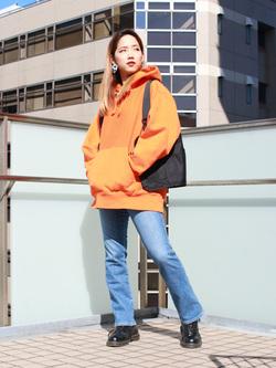 DENIM GALAXY日暮里店のChihiro.さんのSOMETHINGの【Winter sale】SOMETHING LISA マイクロフレアを使ったコーディネート