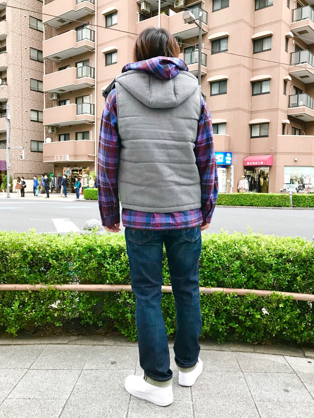 日暮里駅前店のKeisukeさんのEDWINのヘリンボーン 中綿ベストを使ったコーディネート