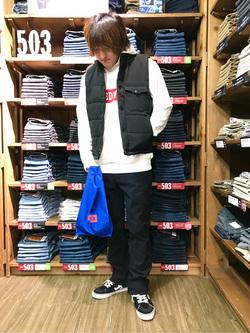 日暮里駅前店のKeisukeさんのEDWINのジャージーズ チノ レギュラーストレートを使ったコーディネート
