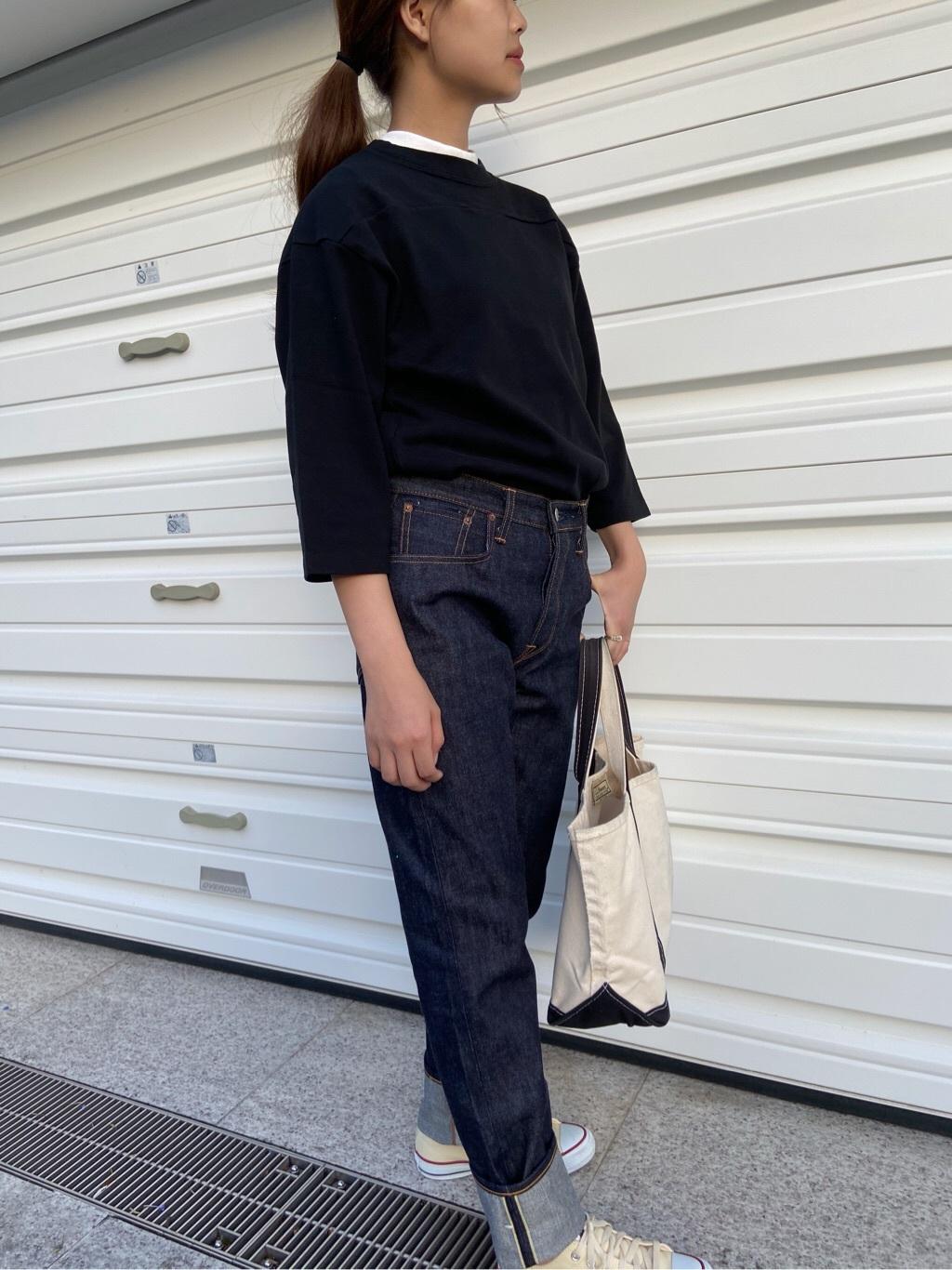 TOKYO HARAJUKU店のFemale StaffさんのEDWINの【コンセプトショップ限定】POCKET TEEを使ったコーディネート