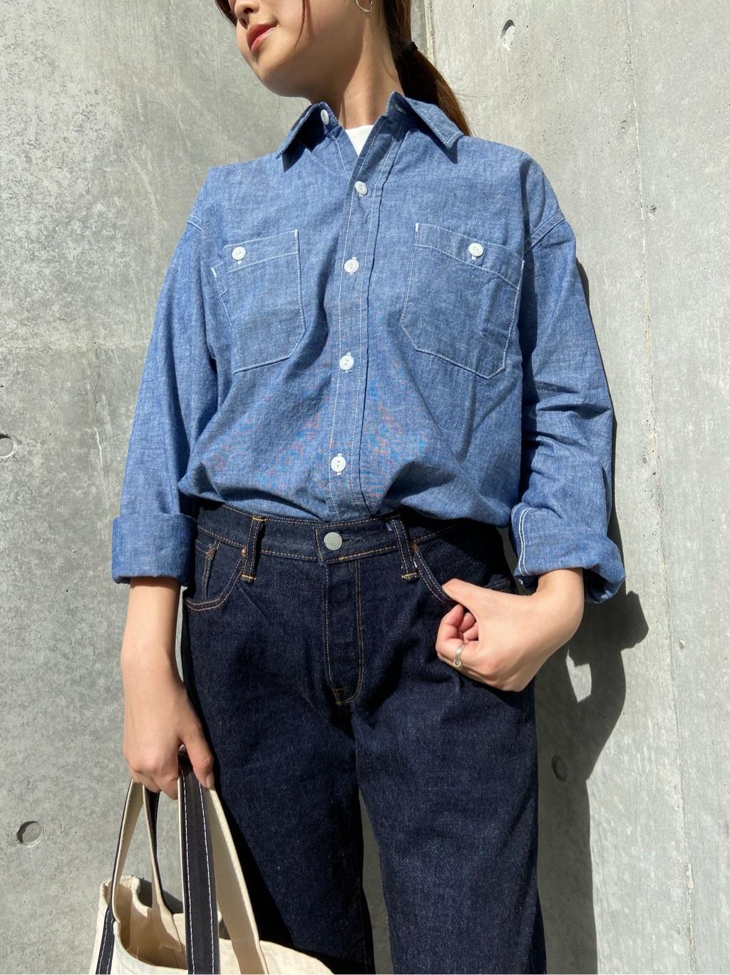TOKYO HARAJUKU店のFemale StaffさんのEDWINの【コンセプトショップ限定】WORK SHIRTSを使ったコーディネート