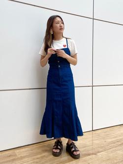 エスパル仙台店のhikaruさんのLeeのTRAD GIRL サロペット ロングスカートを使ったコーディネート