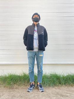 原宿店のYoshitakaさんのLeeの【ユニセックス】フリースジップアップジャケットを使ったコーディネート