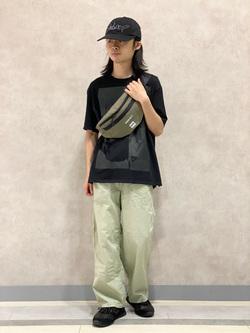 Lee 名古屋店のFuuyaさんのLeeの【軽くて涼しい】リラックス ペインターパンツを使ったコーディネート
