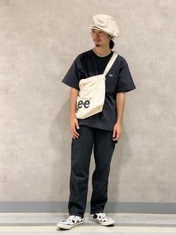 Lee 名古屋店のFuuyaさんのLeeの【再値下げSALE】【アウトドアシーンに最適】難燃素材を使用したイージーパンツを使ったコーディネート