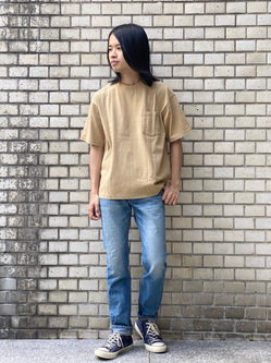 Lee 名古屋店のFuuyaさんのLeeの【ユニセックス】バッグロゴ 半袖Tシャツを使ったコーディネート