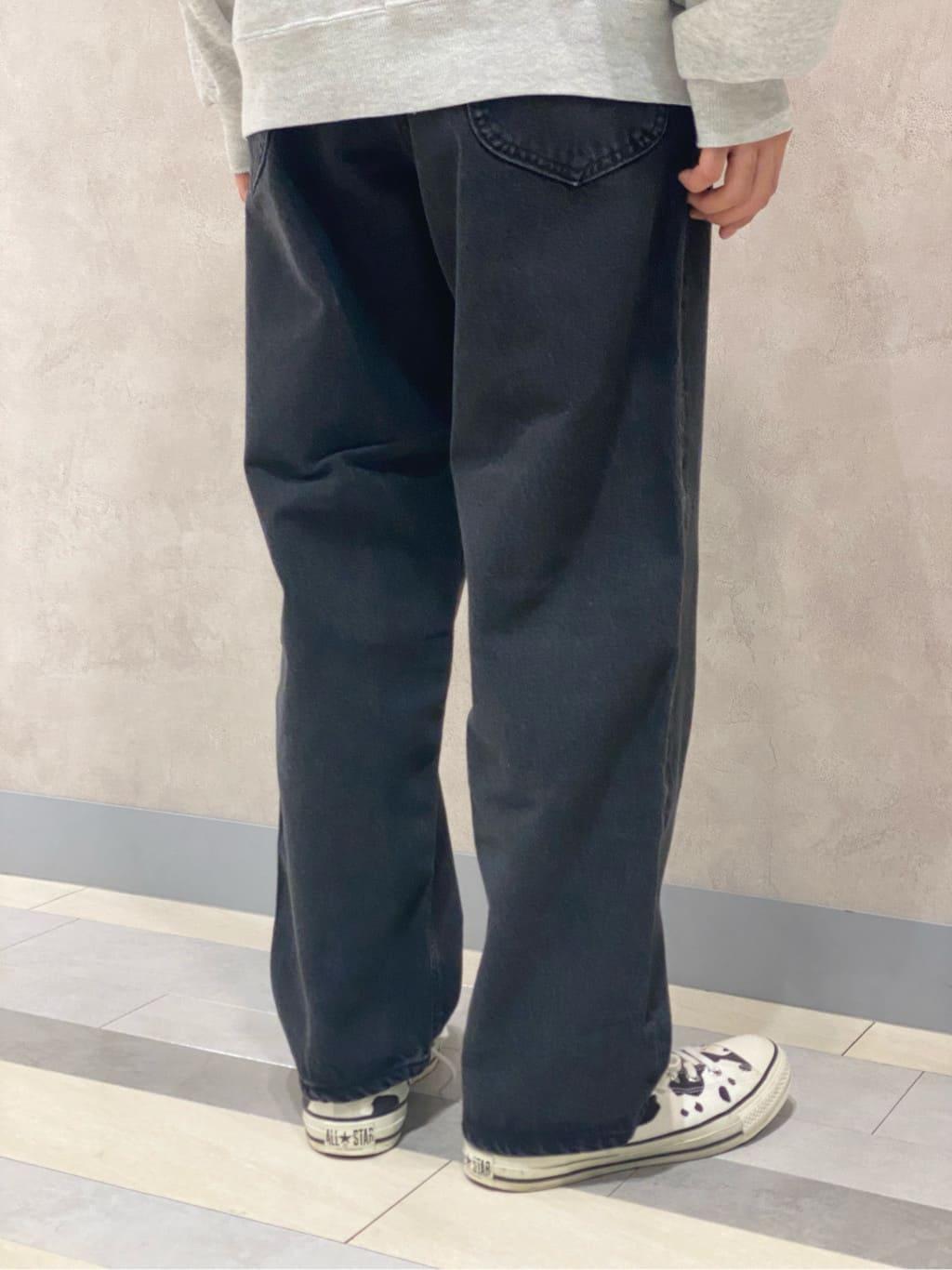 Lee 名古屋店のFuuyaさんのLeeのBLACK RIDERS ワイドデニムパンツを使ったコーディネート