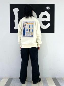 Lee 名古屋店のFuuyaさんのLeeの【ユニセックス】バックプリント クルーネツク長袖を使ったコーディネート