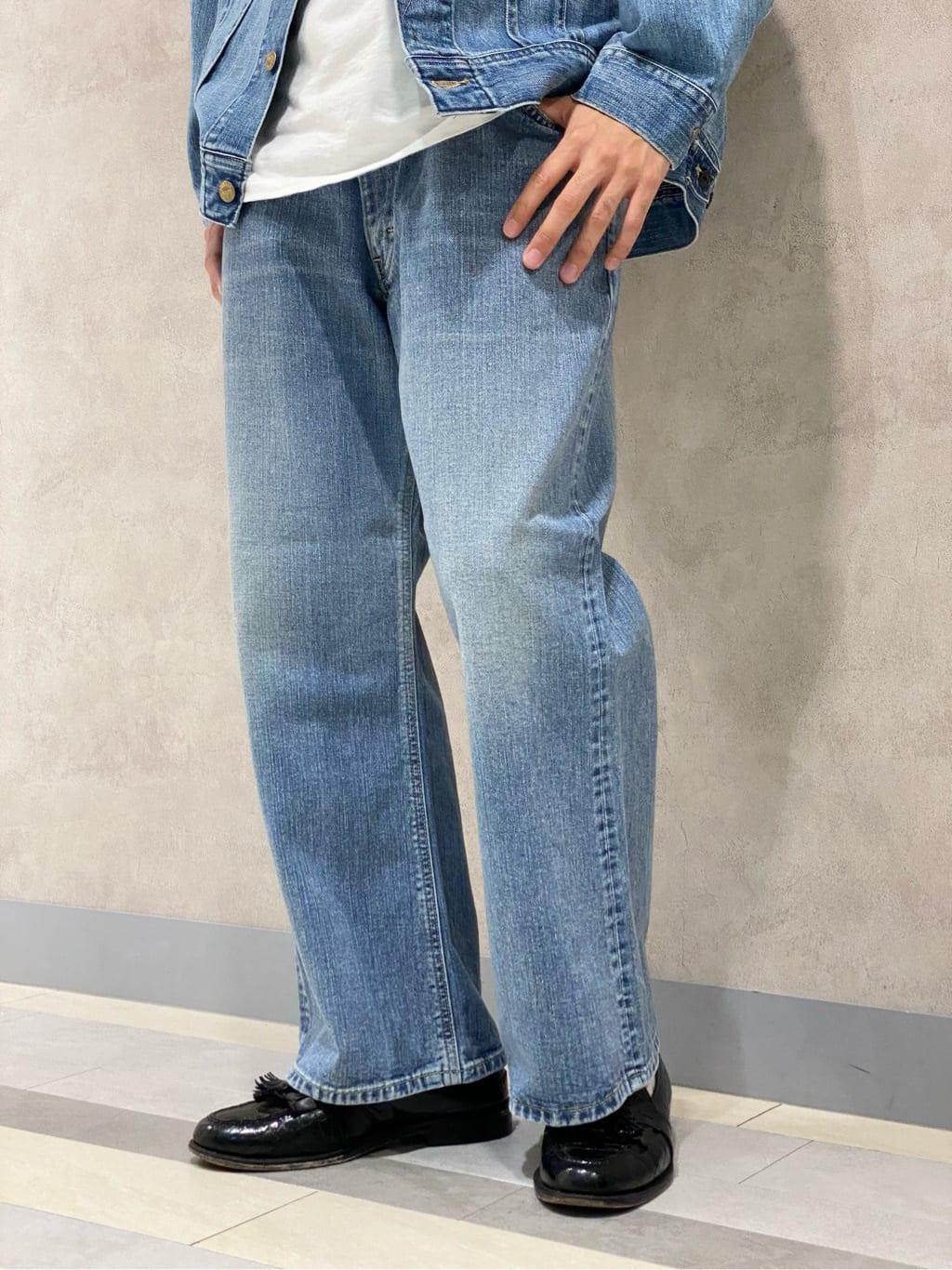 Lee 名古屋店のFuuyaさんのLeeの【試着対象】SUPERSIZED ブーツカットを使ったコーディネート
