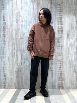 Lee 名古屋店のFuuyaさんのLeeの【ユニセックス】ミニロゴ刺繍 クルーネックスウェットを使ったコーディネート
