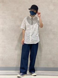 Lee 名古屋店のFuuyaさんのLeeの【XSからXXLまでを1サイズでカバーする】FLeeasy イージーパンツを使ったコーディネート