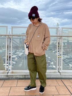 ららぽーと横浜のAyanaさんのLeeの【ユニセックス】【やわらかフリース】プルオーバーを使ったコーディネート