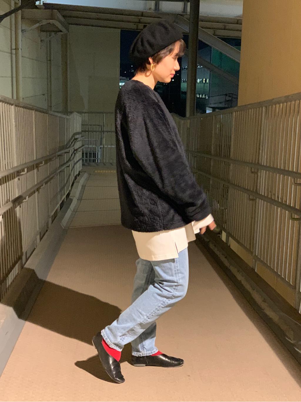 ららぽーと横浜のAyanaさんのLeeのSTANDARD WARDROBE スリムを使ったコーディネート