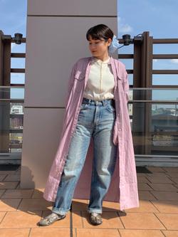 ららぽーと横浜のAyanaさんのLeeのヘンリーネック Tシャツを使ったコーディネート