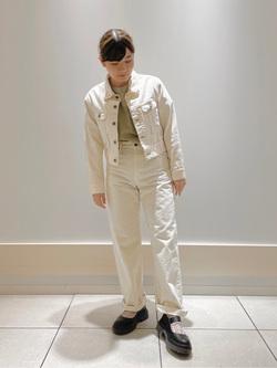 ららぽーと横浜のAyanaさんのLeeの【MY定番】デニムジャケットを使ったコーディネート