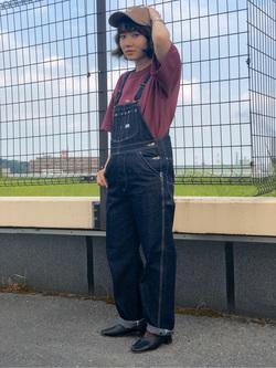 ららぽーと横浜のAyanaさんのLeeの【ユニセックス】ヘビーウエイト Tシャツを使ったコーディネート