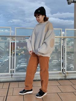 ららぽーと横浜のAyanaさんのLeeのミリタリー パッチワークセーターを使ったコーディネート