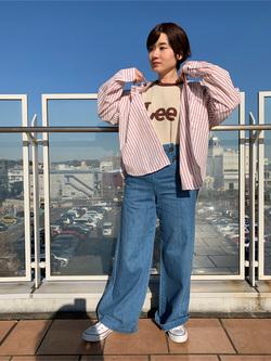 ららぽーと横浜のAyanaさんのLeeの【シークレットセーール!!】MARINE マリンパンツを使ったコーディネート