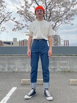 西宮ガーデンズ店のkotohさんのLeeの【ユニセックス】バッグロゴ 半袖Tシャツを使ったコーディネート