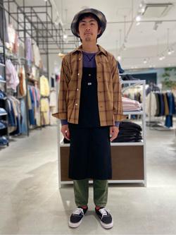 西宮ガーデンズ店のkotohさんのLeeのオープンカラー チェック柄シャツ/長袖を使ったコーディネート