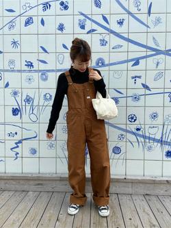Lee アミュプラザ博多店のMichiruさんのLeeの【年間ベストセラー】オーバーオールを使ったコーディネート