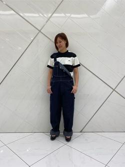 熊本COCOSA店のakiyoさんのLeeの【年間ベストセラー】オーバーオールを使ったコーディネート