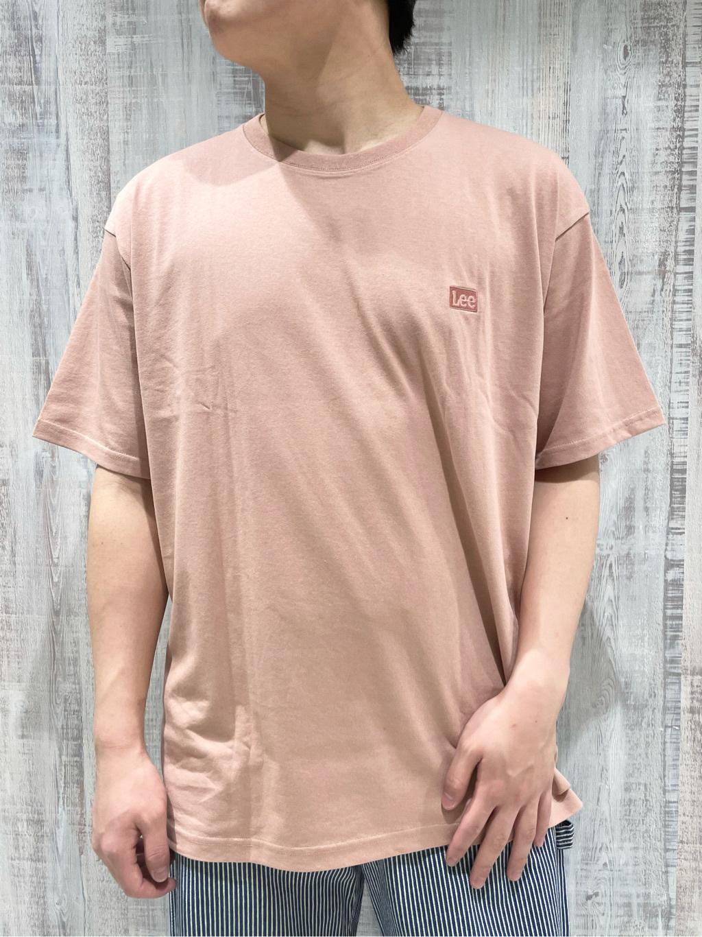 Lee 名古屋店のTomoさんのLeeの【ユニセックス】バックプリント 半袖Tシャツを使ったコーディネート