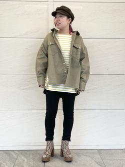 LINKS UMEDA店のR!さんのSOMETHINGのSOMETHING ビッグシャツを使ったコーディネート