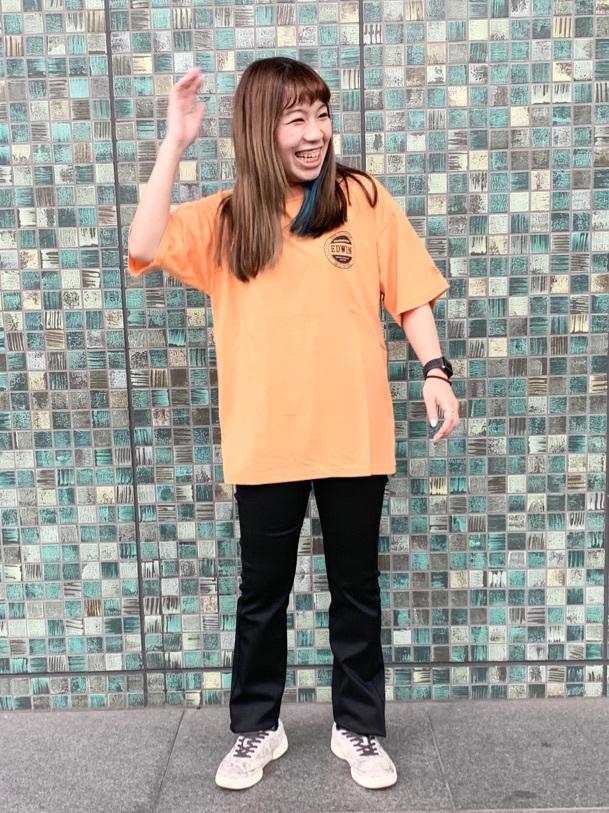 LINKS UMEDA店のR!さんのEDWINのEDWIN LADIES ハタラクロ ストレートを使ったコーディネート