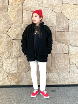LINKS UMEDA店のR!さんのEDWINの【おうち時間応援セール】F.L.E ボアフリースジャケットを使ったコーディネート