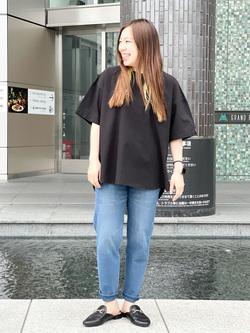 LINKS UMEDA店のR!さんのC17のC17 バックレイヤードシャツを使ったコーディネート