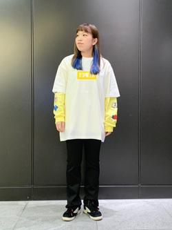 LINKS UMEDA店のR!さんのEDWINの終了【サマーセール】EDWIN BOXロゴ Tシャツ 半袖を使ったコーディネート