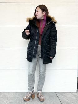 LINKS UMEDA店のR!さんのALPHAのN-3B タイトジャケットを使ったコーディネート