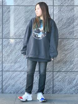 LINKS UMEDA店のR!さんのSOMETHINGの【GISELe 10月号掲載】SOMETHING HANA テーパードストレートを使ったコーディネート