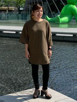 LINKS UMEDA店のR!さんのC17のC17 スリット ビッグTシャツを使ったコーディネート