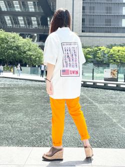 LINKS UMEDA店のR!さんのEDWINの半袖ポケットTシャツ (ウォッシュド加工)を使ったコーディネート